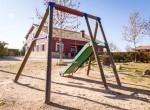 Tobogán y columpio para niños en casa rural villanova, Toledo